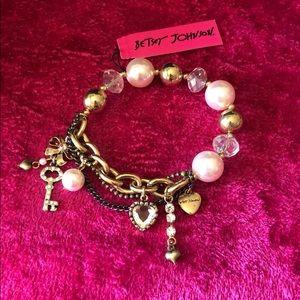 Betsey Johnson trinket bracelet NWT
